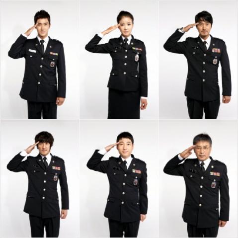 Siwon Super Junior Mengirimkan Salam Chuseoknya Dengan Hormat