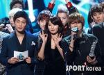 hyuna_hyunseung_troublemaker_musicontop_10