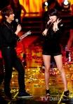 hyuna_hyunseung_troublemaker_musicontop_15